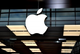 Apple vs. The World - Apple Legal Battles Explained